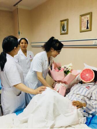 西安华都妇产医院专家成功帮助三年不孕患者完成宫腹腔镜手术