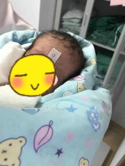 混血双胞胎宝妈分享试管婴儿移植2个都成功