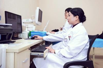 西安华都妇产医院:把热情送给病人 温暖每一个病人的心灵